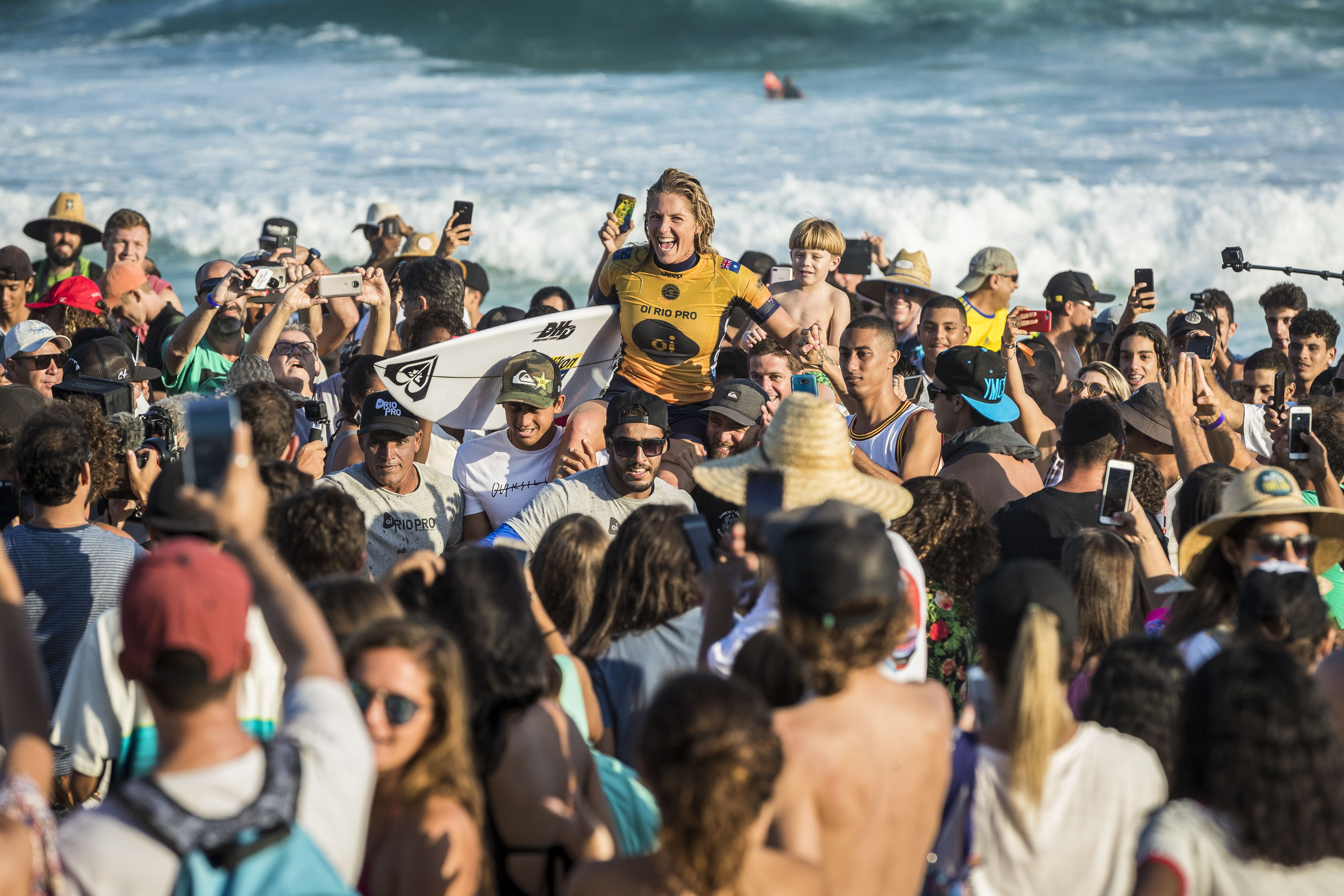 Stephanie Gilmore (AUS) take the win by defeating Lakey Peterson (USA) in the final of The Oi Rio Pro 2018 in Saquarema , Brazil