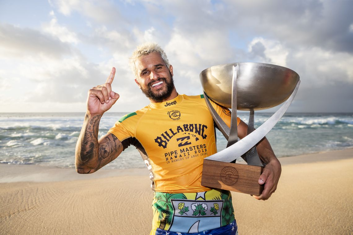 OAHU, UNITED STATES - DECEMBER 19: Italo Ferreira of Brazil winning his maiden WSL World Title at the 2019 Billabong Pipe Masters after winning the final at Pipeline on December 19, 2019 in Oahu, United States. (Photo by Kelly Cestari/WSL via Getty Images)